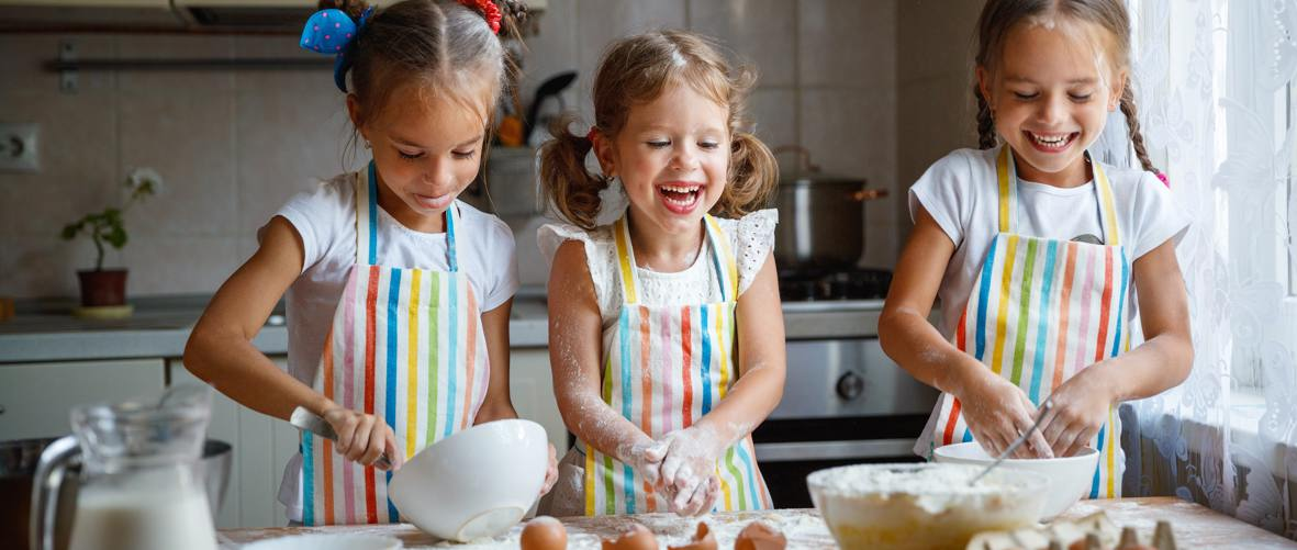 5 easy, no waste baking recipes with kids
